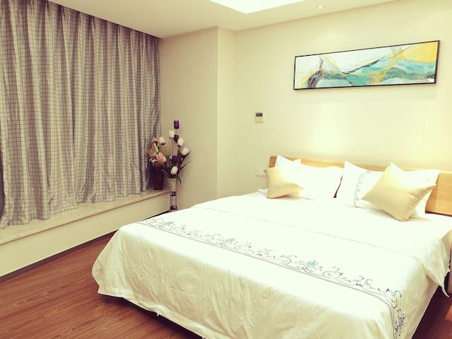 卧室~1.8米*2米双人床