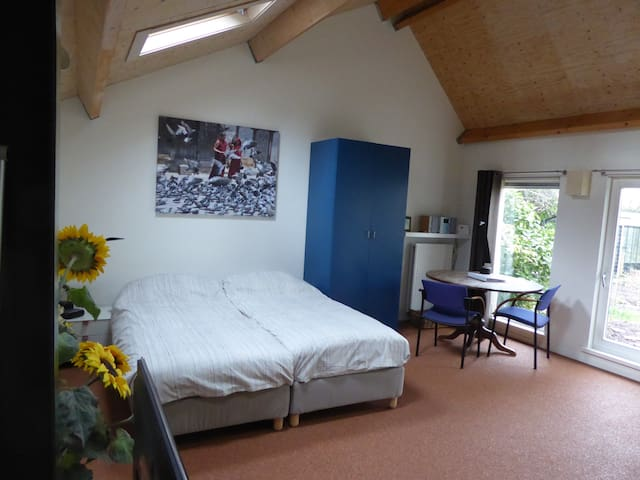 B&B, Countryside, Close to Utrecht! - Westbroek - Bed & Breakfast