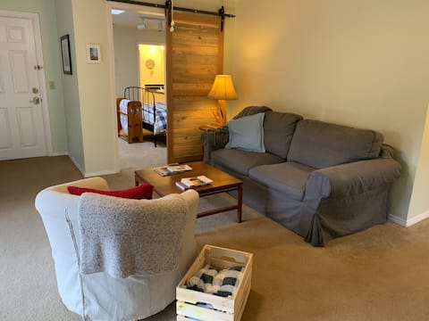 Private Southwest Portland Guest Suite