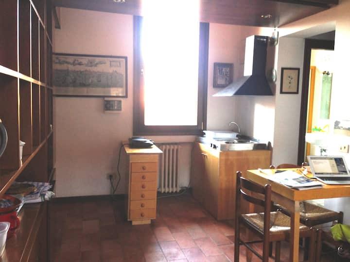 Una stanzetta in centro Venezia per pochi giorni