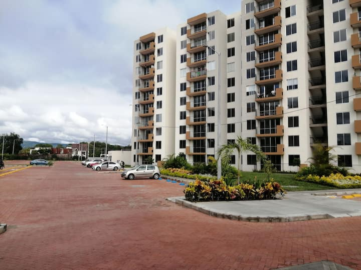 Apartamento nuevo en hacienda peñalisa