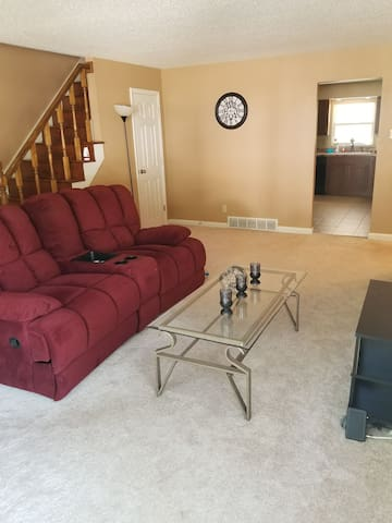 Entire duplex.!Newly remodeled!
