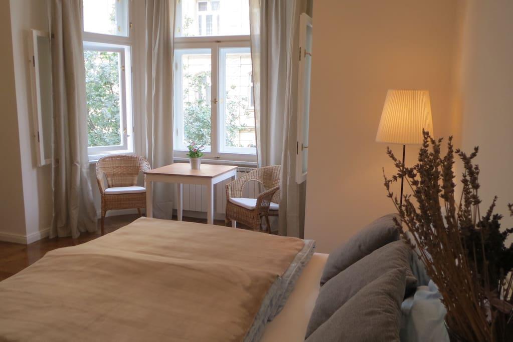 simackova residence prague centre wohnungen zur miete. Black Bedroom Furniture Sets. Home Design Ideas