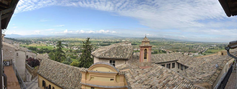 Accogliente ed ospitale nella bella e verde Umbria - Trevi - Daire