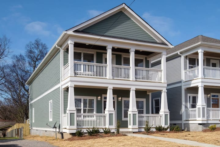 Stunning New 4BD Home - 7 Mins to Downtown! - Nashville - Talo