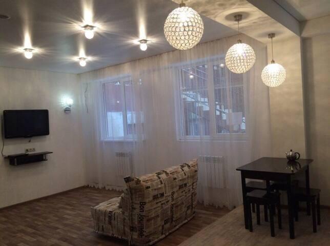 Уютная и тихая квартира-студия 45 кв. м - Khosta - Flat