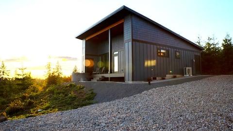Ylellinen Guesthouse Retriitti porealtaalla, sauna, näkymä