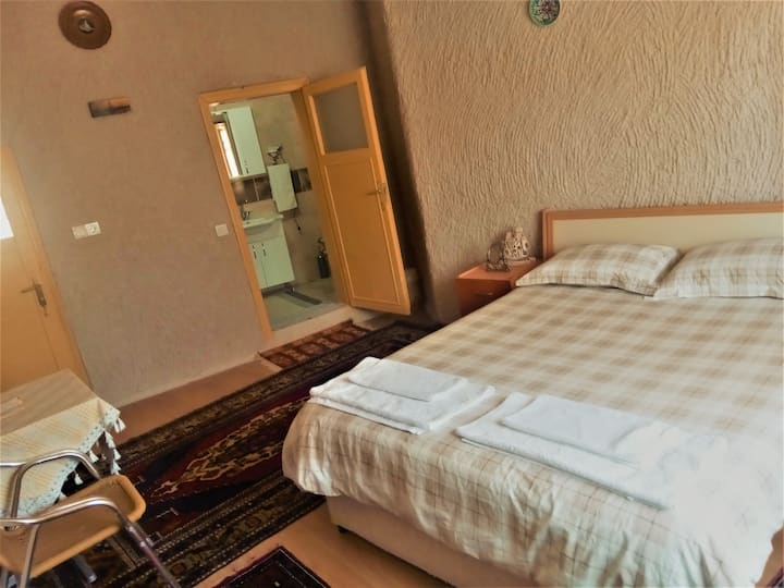 Cave Stone Double Room, air conditioned, en suite
