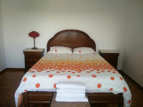 Suíte num apartamento de família em Barcelos