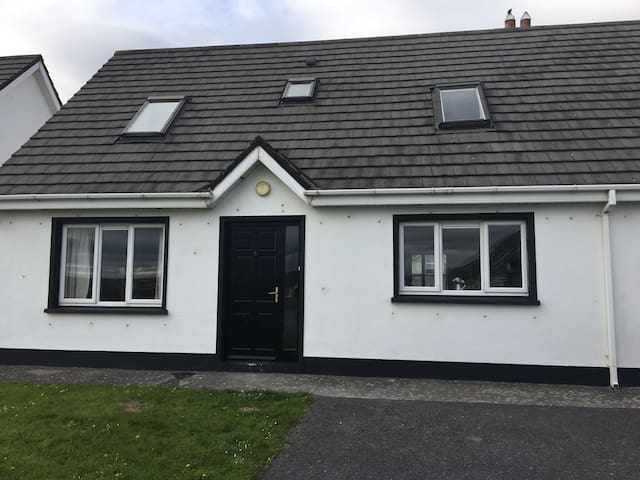 Holiday home in The Brambles Ballybunion - Ballybunion - Dom
