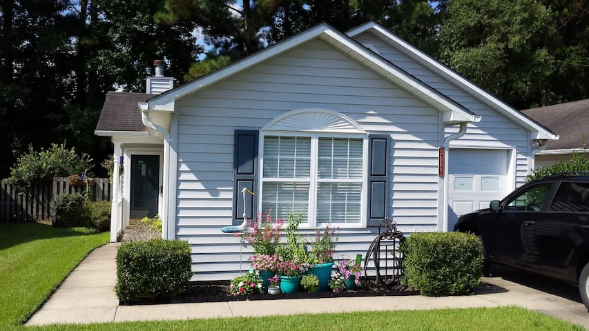 Cozy home minutes from historic downtown New Bern