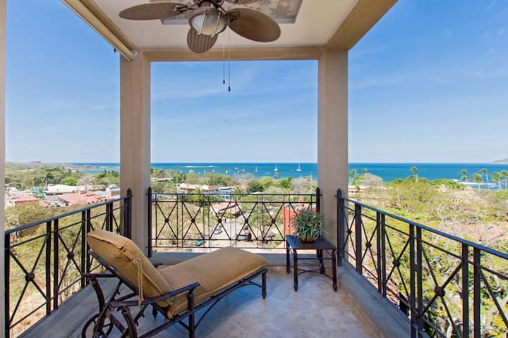 Luxury 3BR 3.5BA Ocean View Condo, Matapalo #501