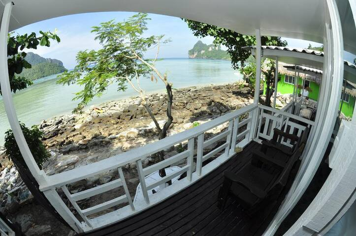 Awesome Seaview Bungalow on Phi Phi!