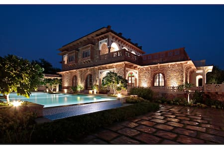 Spacious Luxury in a Lush Garden Setting near Amer