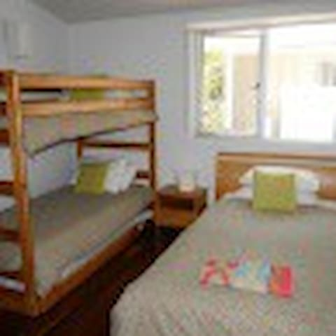 Single Room 3 persons