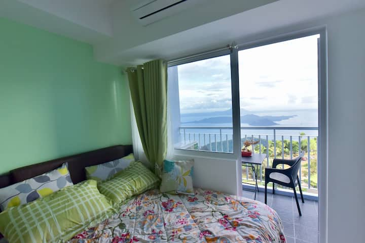 Wind Residences by Missionarte (TAAL VIEW)