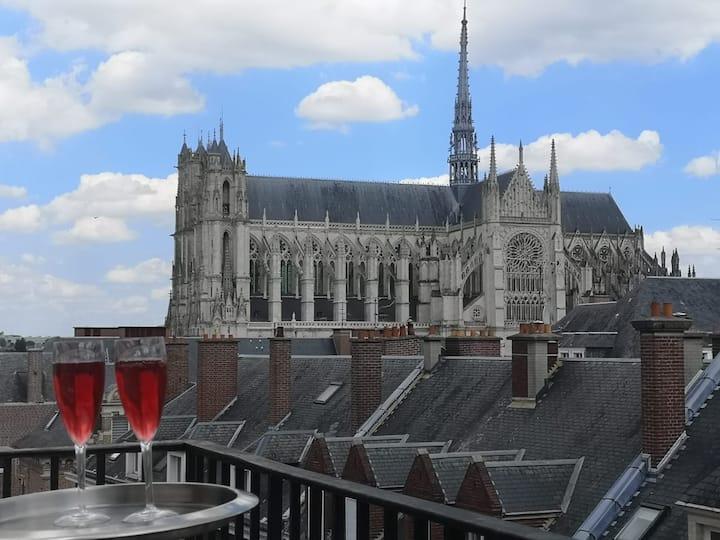 Terrasse avec vue unique  Cathédrale, hyper centre