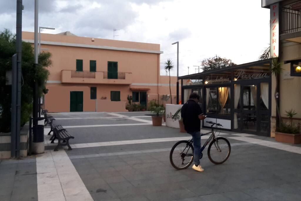 casa e piazza