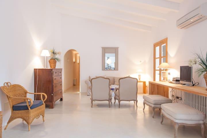 Luxury and comfort at Es Llombards - Es Llombards - Villa