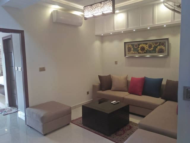 Single Bed Room luxary Suite  (No 1)