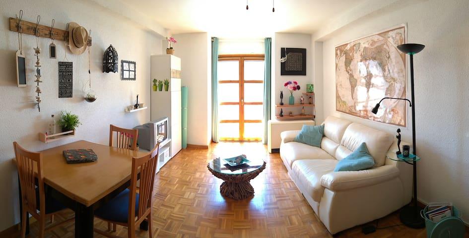 Romantico apartamento en pleno Pirineo Aragones - Castiello de Jaca - Appartement