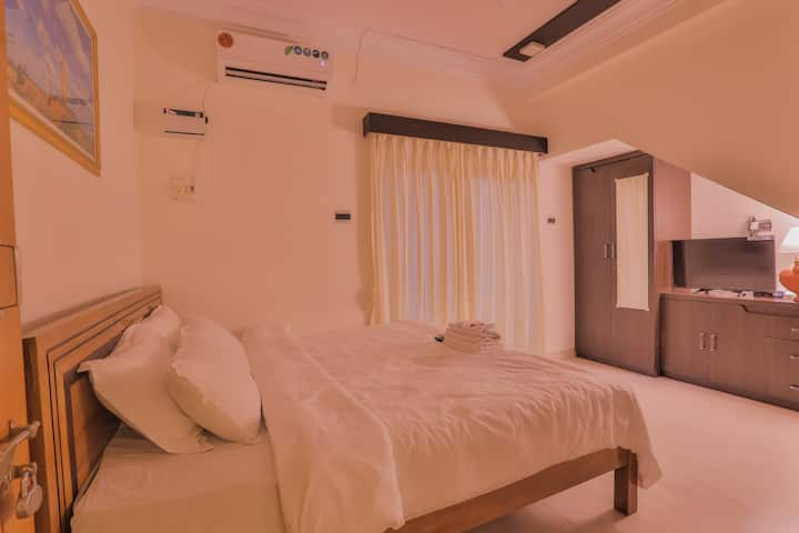 BAGA SUITE@BLUE 2 MINUTE WALK TO THE BEACH