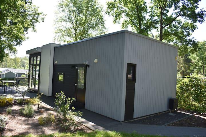 Moderne  4 personen bungalow in Belfeld Limburg