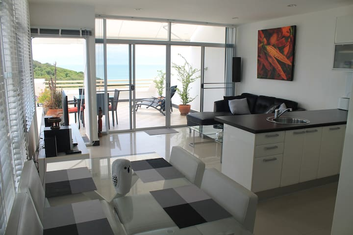 Oceanview apartment  $250 per week - Suan Wang Kaew - Apartamento