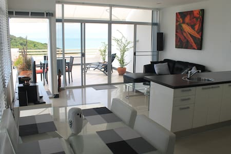 Oceanview apartment  $250 per week - Suan Wang Kaew