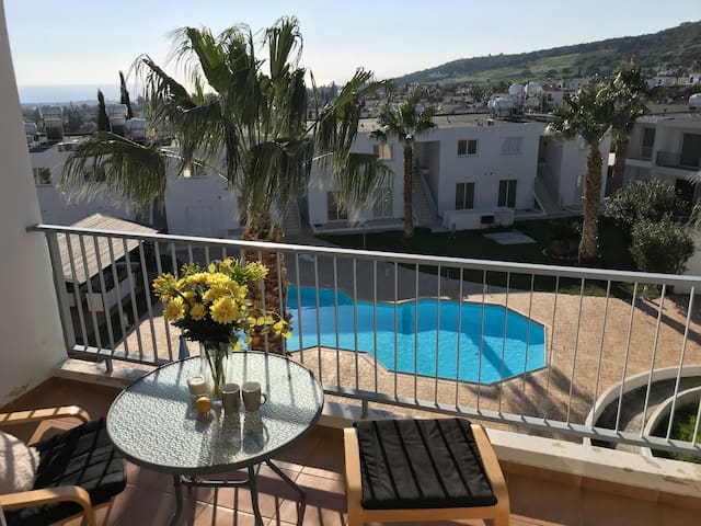 Coral Bay Apartment seaview in Peyia