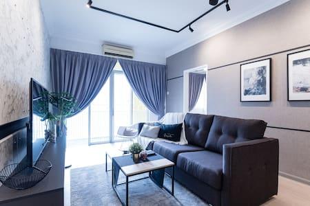 PROMO! Artistic 4BR Suites  | 舒适艺术设计。4房民宿 (14 pax)