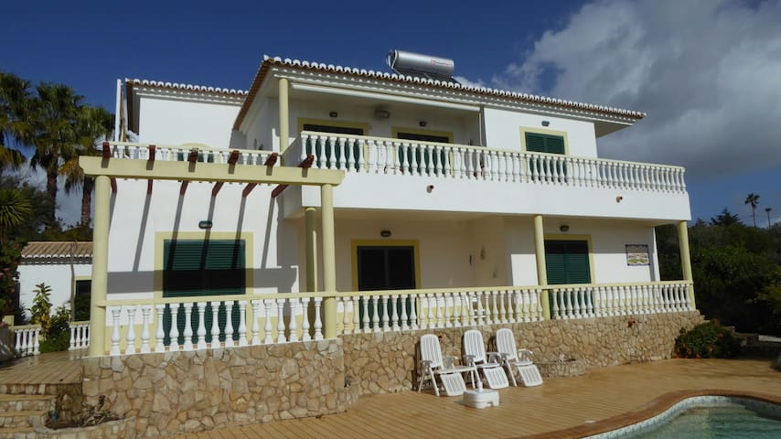 Villa with sea wiew + heated pool - Luz - Huvila
