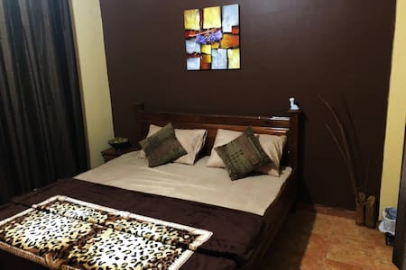 Kwad's Place - A comfortable 2 bedroom apartment