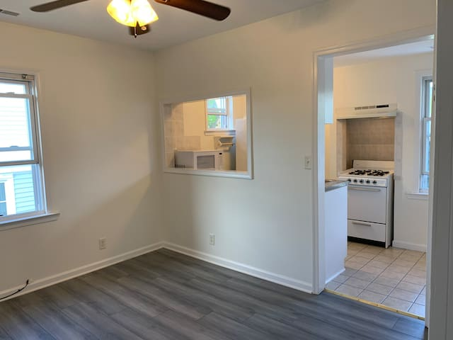 1 BDR/1 BTH Apt 3 blocks from AP beach & boardwalk
