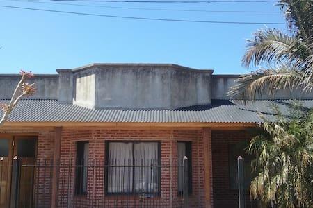 Habitación en suite  en Roque Pérez