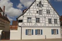 Weißenburg: Charmant wohnen im Denkmal