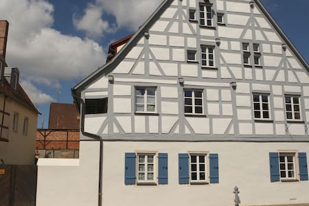 Weißenburg: Charmant wohnen im Denkmal - Weißenburg in Bayern