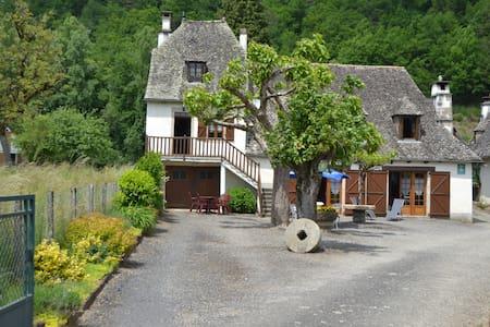 Gîte du Malefarge - Monceaux-sur-Dordogne