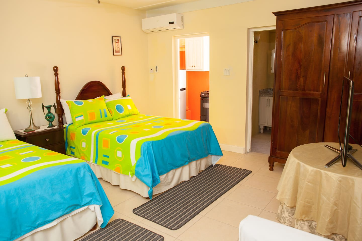 Ide A Wile-studio - Apartments for Rent in Ocho Rios
