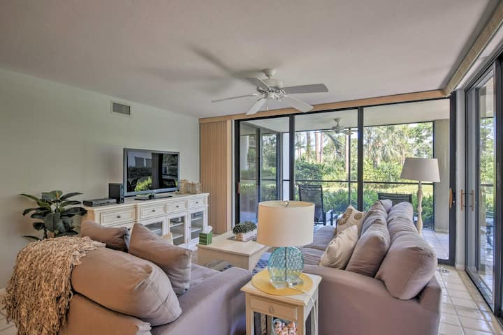 Bonita Springs Condo w/Pool, Marina & Beach Access