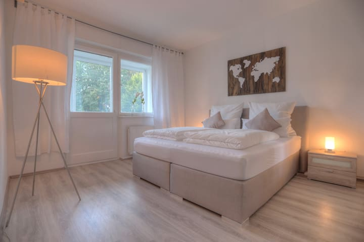 ★Perfect #StayHome Apartment with WIFI & Netflix★