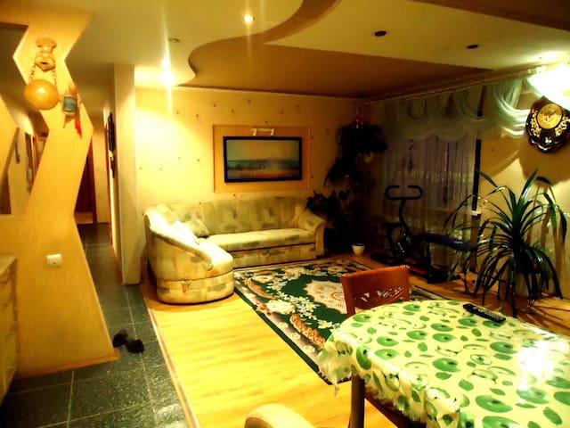 Квартира посуточно в Уссурийске - Ussuriysk - Pis