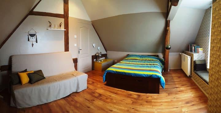 Spacious room, calm and greenery guaranteed