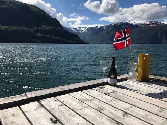 APARTMENT WITH AMAZING FJORD-VIEW!!