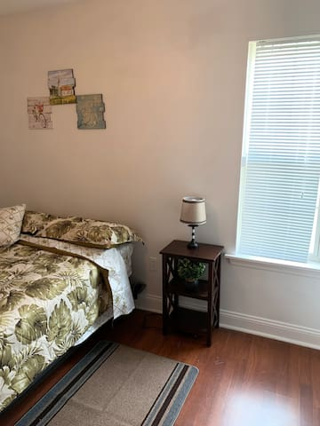 Cosy bedroom for rent