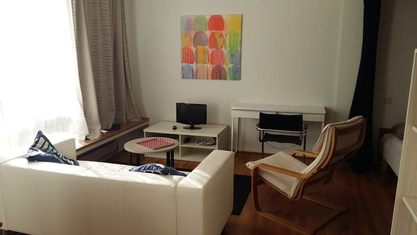 45 m2 studio near Flagey/Chatelain - Apartment