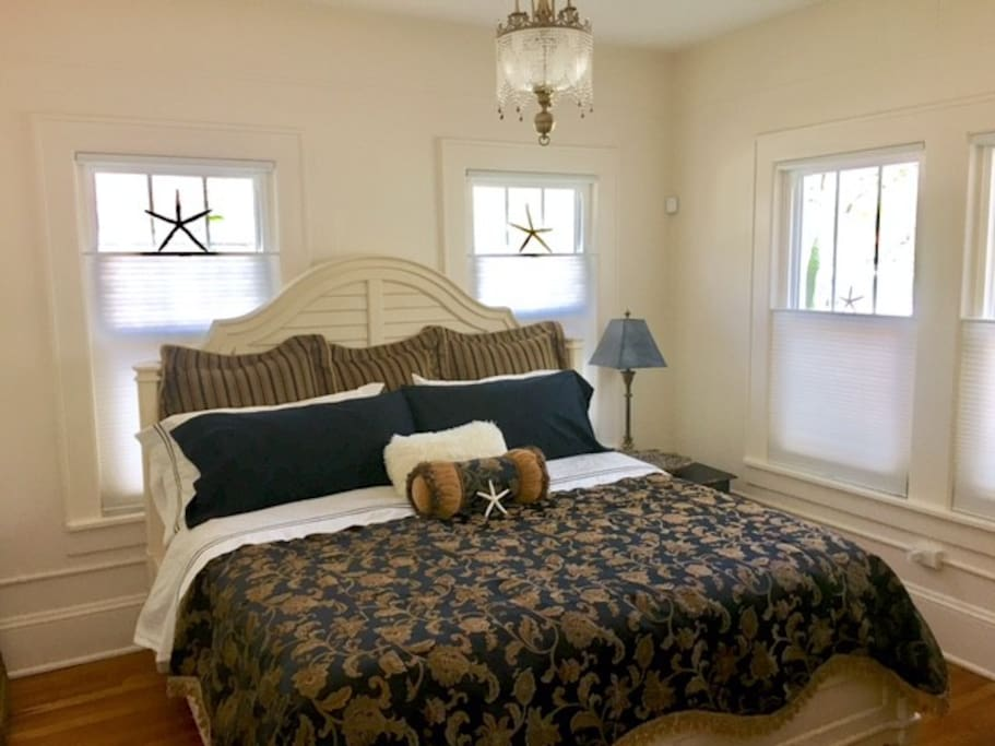 King Bedroom with different ironed Designer Sheets
