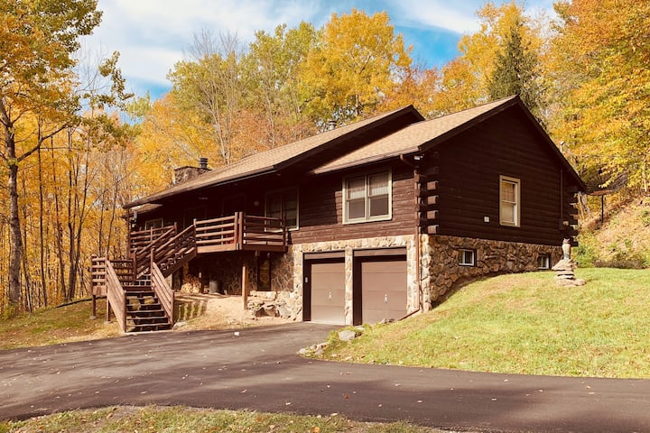 Large and serene Catskills mountain cabin
