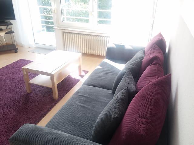 Große 3-Zimmer-Wohnung mit eigenem Eingang in Bonn