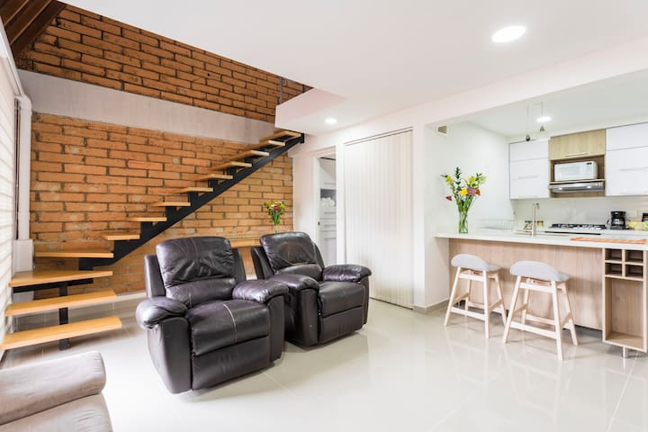 Entire Studio near Downtown Medellin